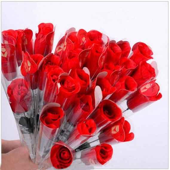 شورت زنانه فانتزی مدل گل شورتی قرمز